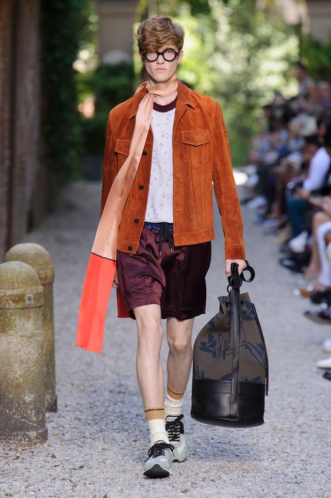 SS16 Milan Andrea Pompilio020_Liviu Scortanu(fashionising.com)