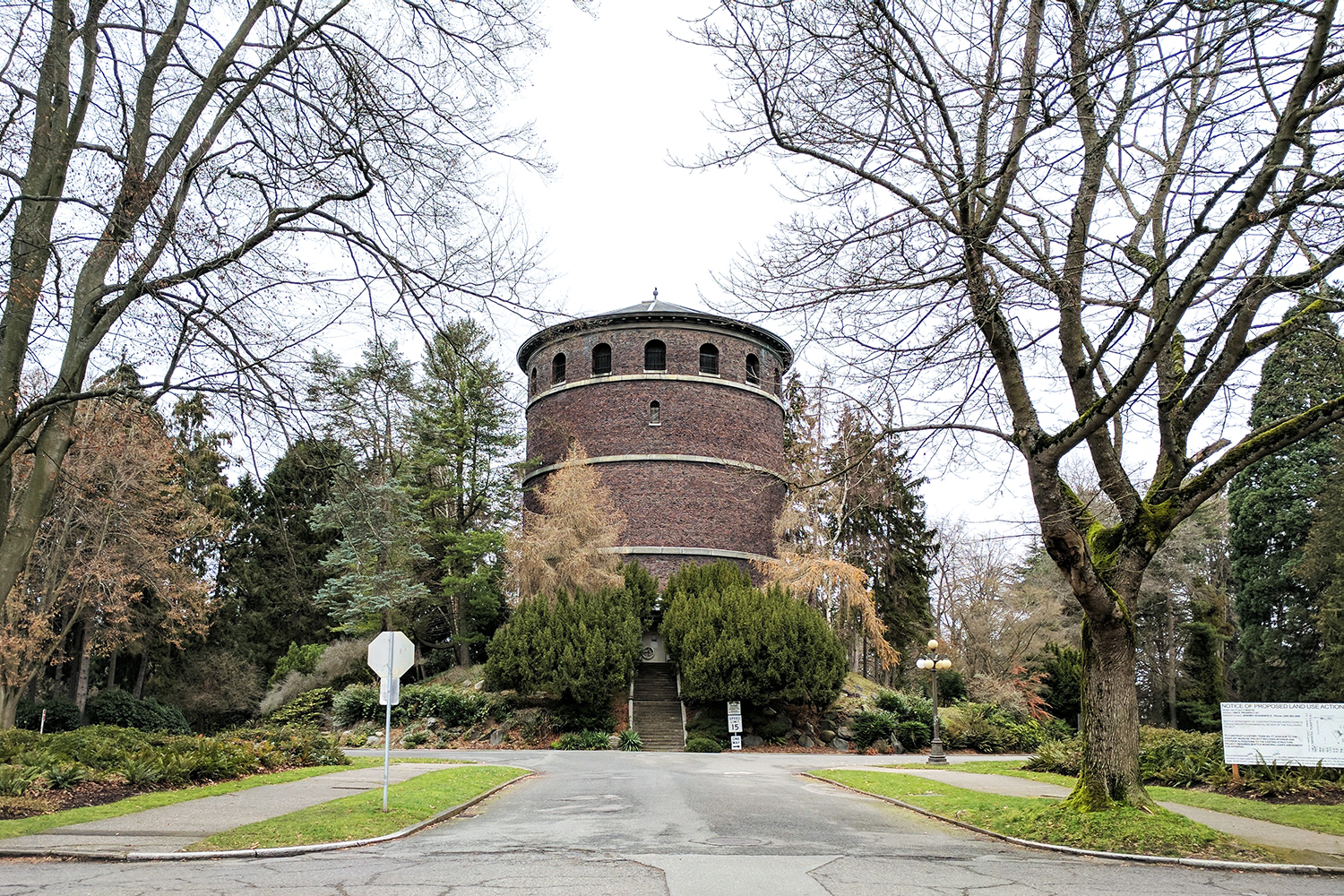 10seattle-volunteerpark-watertower-travel