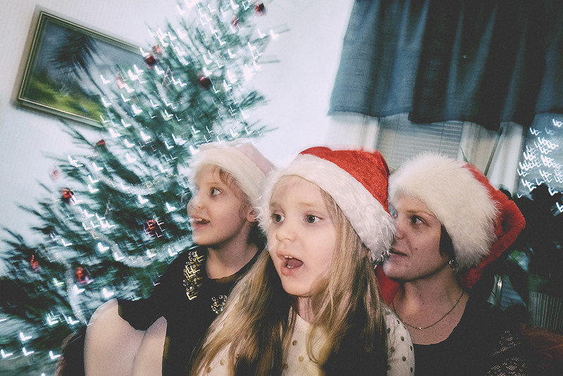 359/366 singing for santa