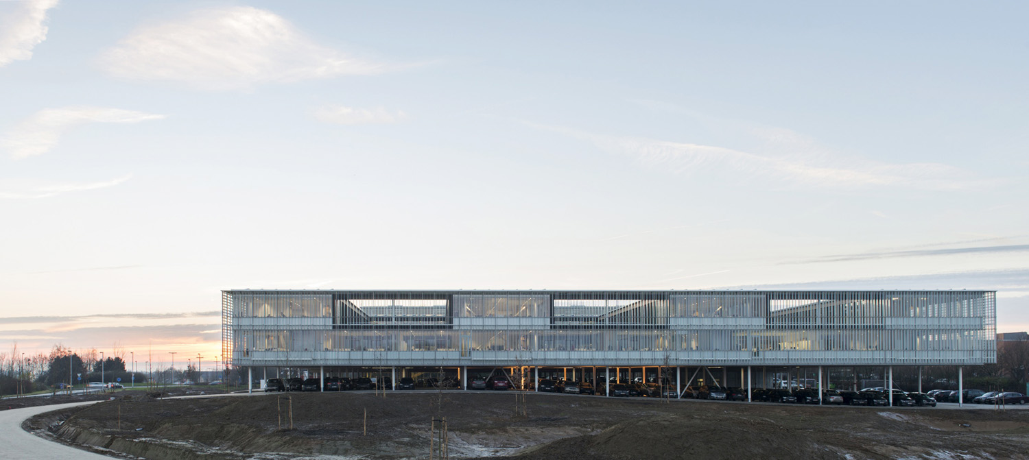 mm_Head Office of AGC Glass Europe  design by SAMYN and PARTNERS_04