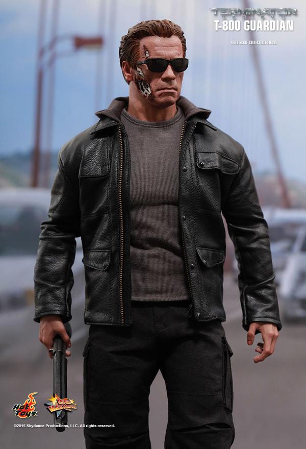 Hot _Toys_Terminator_Guardian_01