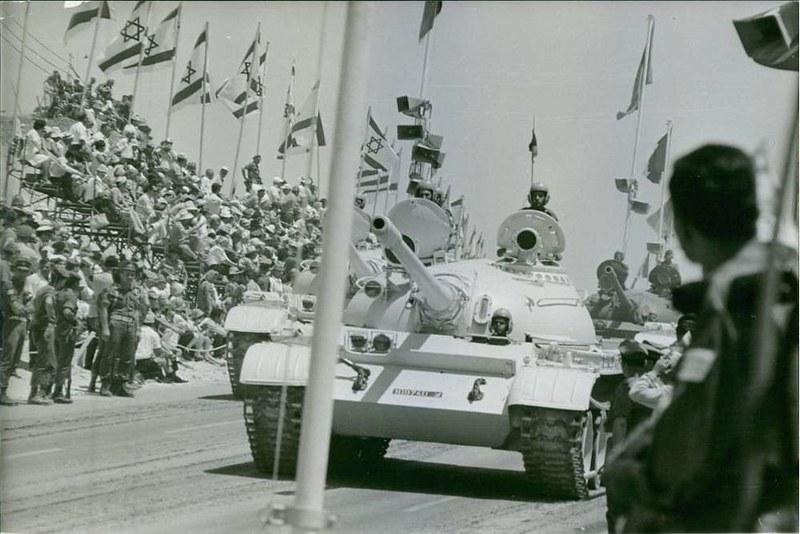 T-55-idf-parade-1968-eby-1