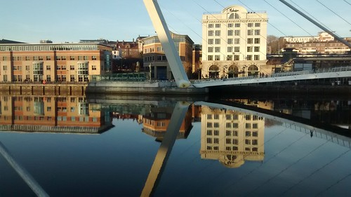 Gateshead Millennium Bridge Dec 16 (1)