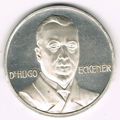 1924 Hugo Eckener Airship Flight Medal obverse
