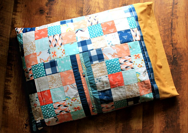 Scrappy Patchwork Arrow Stitched Pillowcase