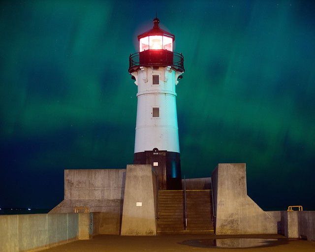Aurora at the lighthouse