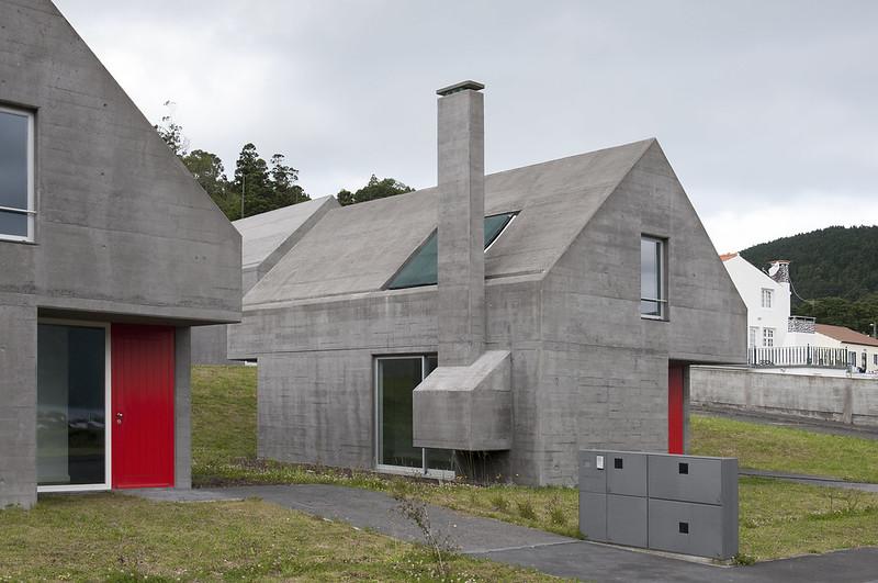 Açores, casas das Sete Cidades / Eduardo Souto de Moura + Adriano Pimenta