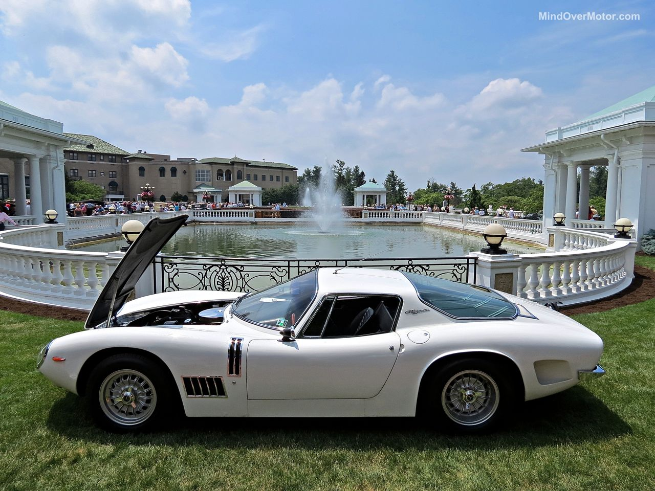 Hershey Elegance Bizzarrini 5300