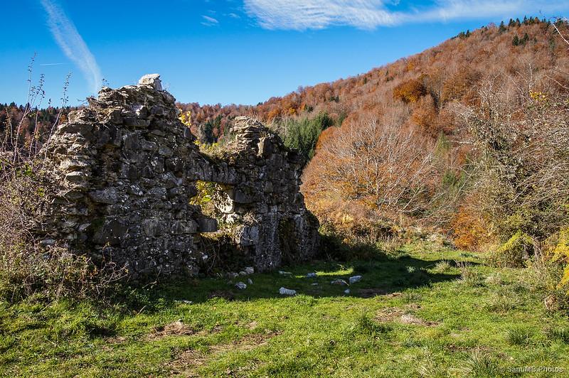 Poco queda de las viejas casas de Irati