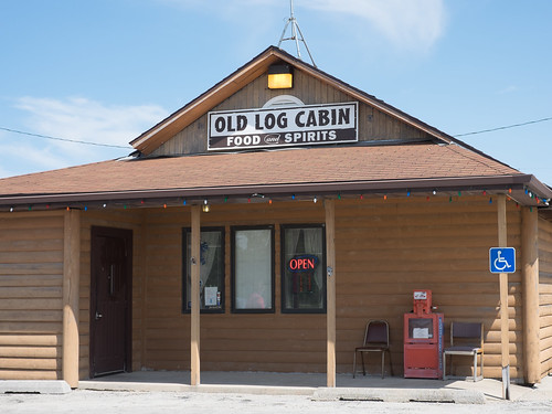 Old log cabin restaurant 201506 route 66 road trip 3 77 for Log cabin cafe