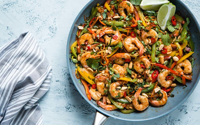 15 Minute Shrimp & Vegetable Stir Fry | Will Cook For Friends