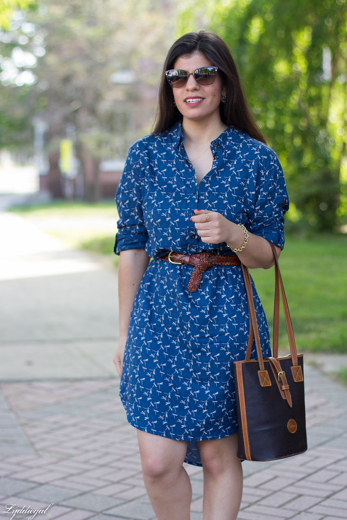dragonfly print shirtdress, leather tote, sandals.jpg