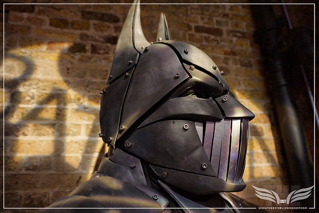 The Establishing Shot: BATMAN: ARKHAM KNIGHT CAPE & COWL EXHIBITION - DYSTOPIAN ARKHAM KNIGHT MASK CLOSEUP BY JONATHAN ROSS - KACHETTE, LONDON