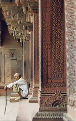 Old man at Agra Fort | by Dey