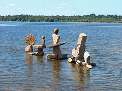 A family of rock sculptures | by Peter Ellis