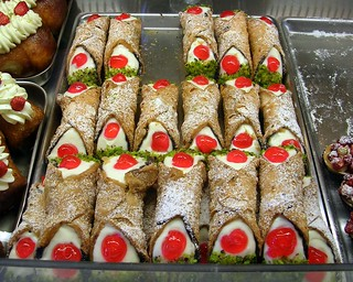 cannoli siciliani | by fazen