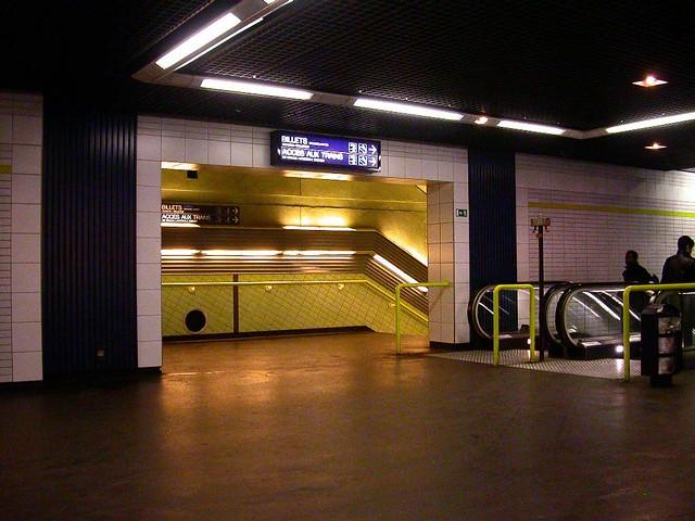 rer station rer station porte de clichy jr paris flickr