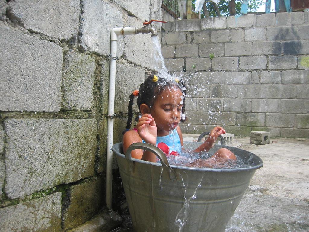 Katherine ba andose ulises jorge flickr for Como hacer una piscina en casa paso a paso
