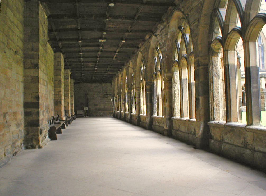 Harry Potter's School | Durham Cathedral cloisters used to ...