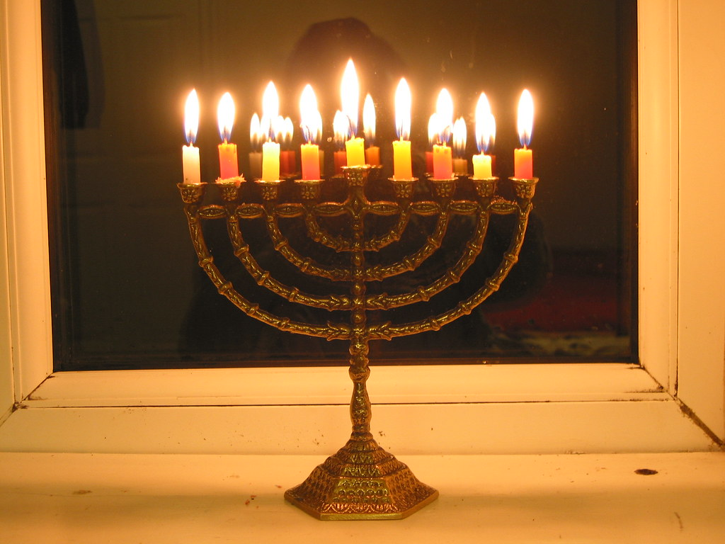 Last Few Minutes For The Hanukkah Lights This Year