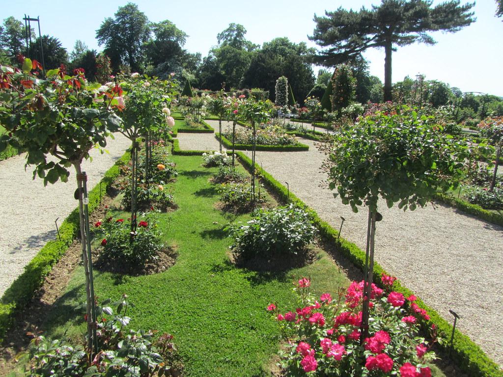 France  Paris  Bois de Boulogne  Parc de la Bagatell ~ Bois De Boulogne Parc