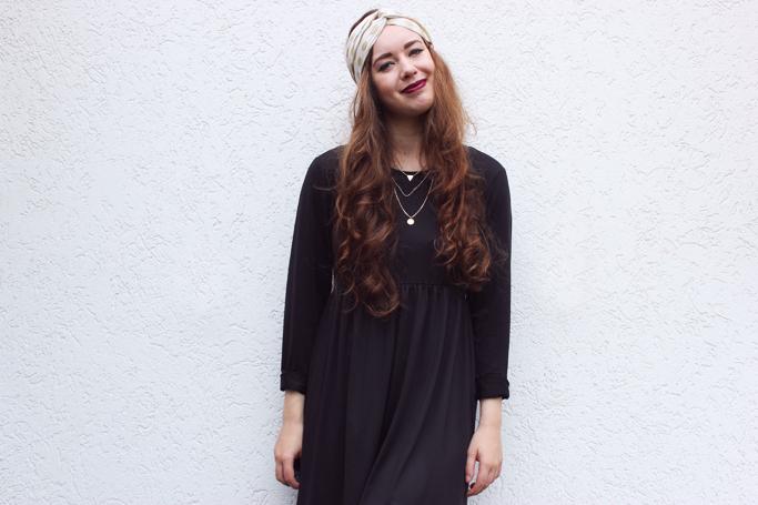 Black basic dress outfit - midi dress