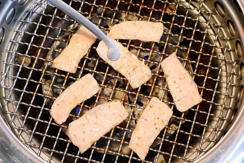 32120004412 3975321654 c - 【熱血採訪】雲火日式燒肉:時尚空間精緻燒肉食材 雙人套餐享受西班牙伊比利豬加和牛雙重奏的美妙滋味!