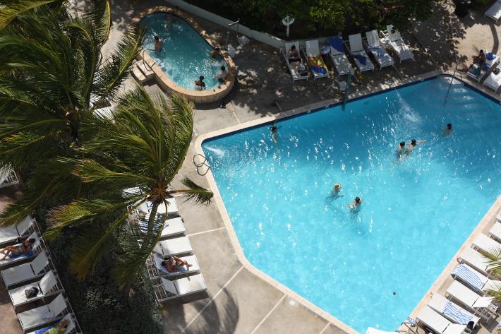 condado plaza hilton saltwater pool