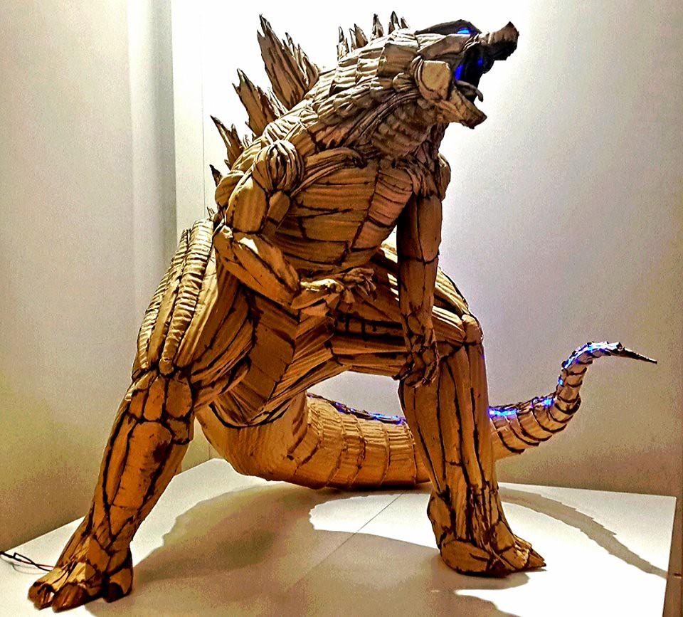 Cardboard Godzilla by 鍾凱翔 Kai-Xiang Xhong