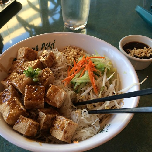 Tofu vermicelli bowl #yegfood