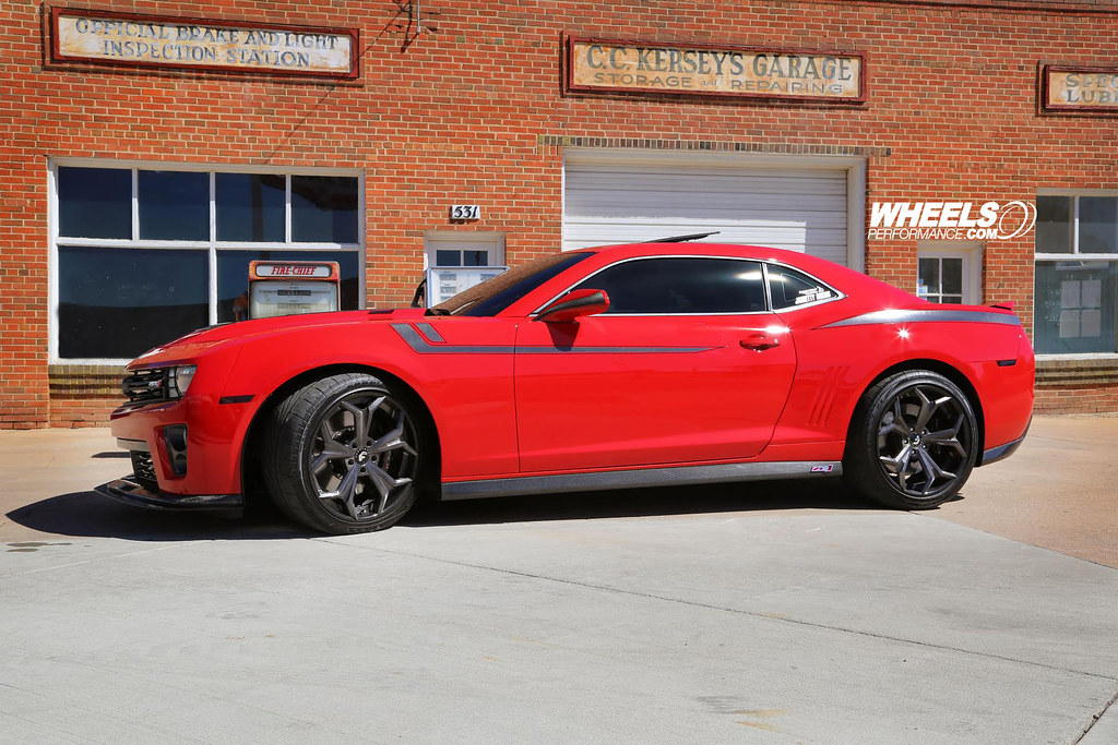 Our Client S Chevrolet Camaro Zl1 With 20 Quot Forgiato F2 09