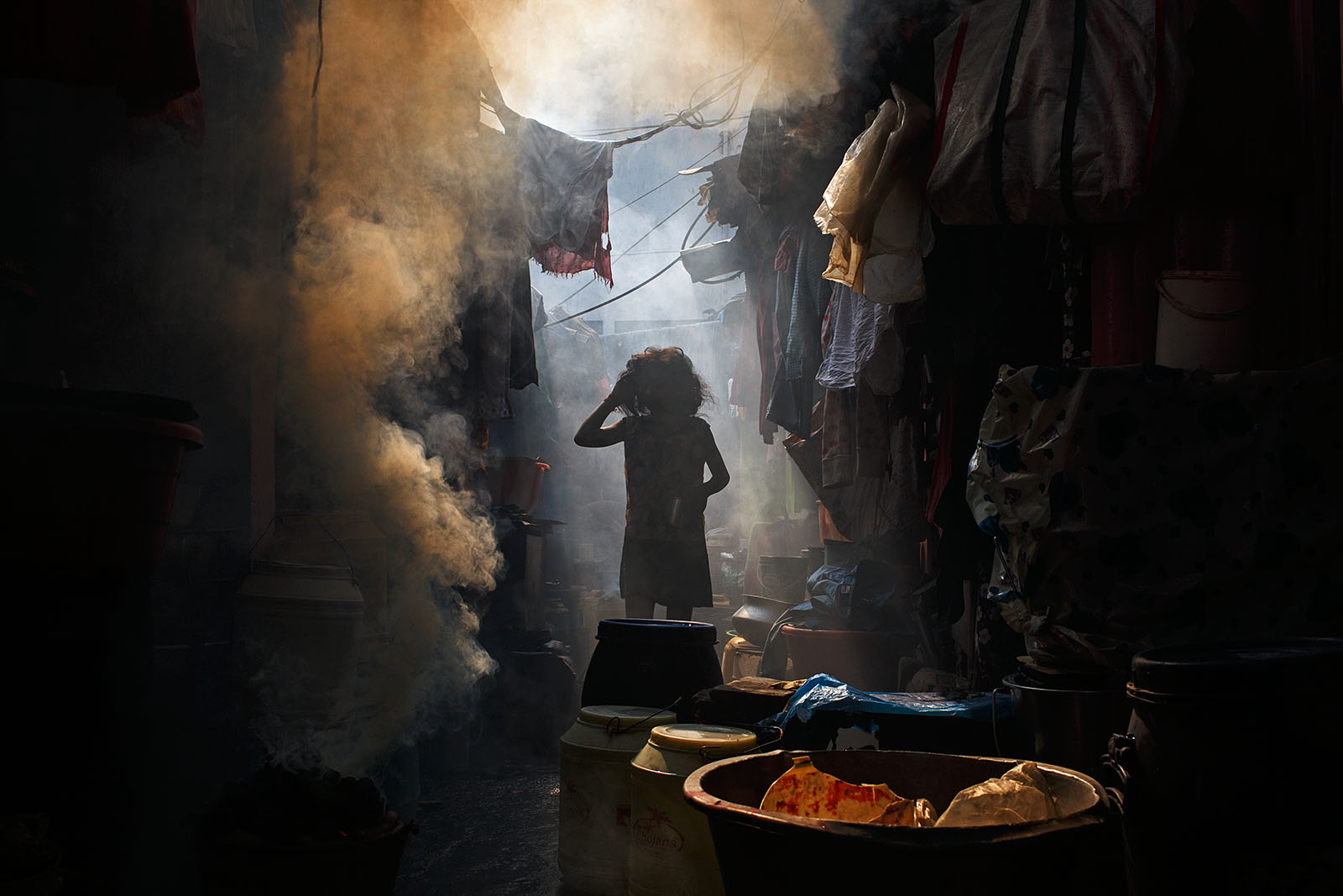 Smoke - Kolkata, India | by Maciej Dakowicz