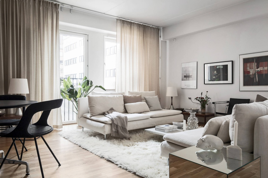 Modern White Scandinavian Home