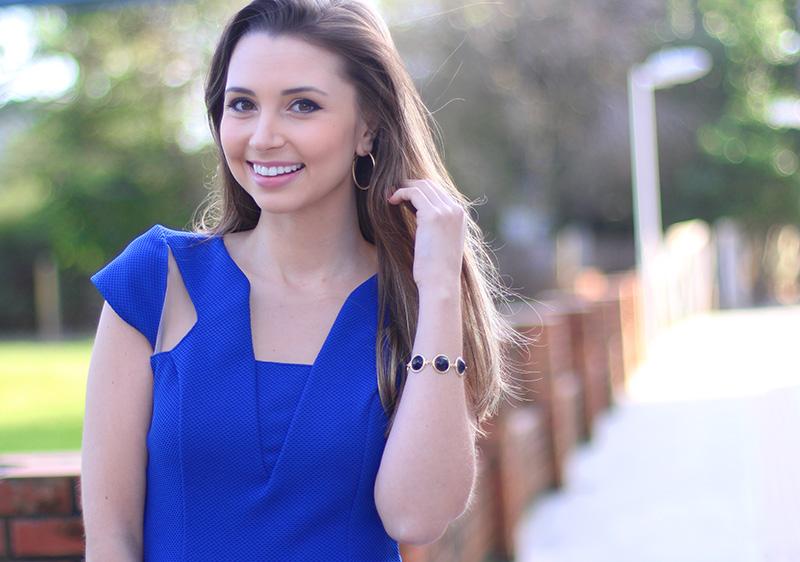 06-look com vestido azul bic com transparência jana taffarel blog sempre glamour