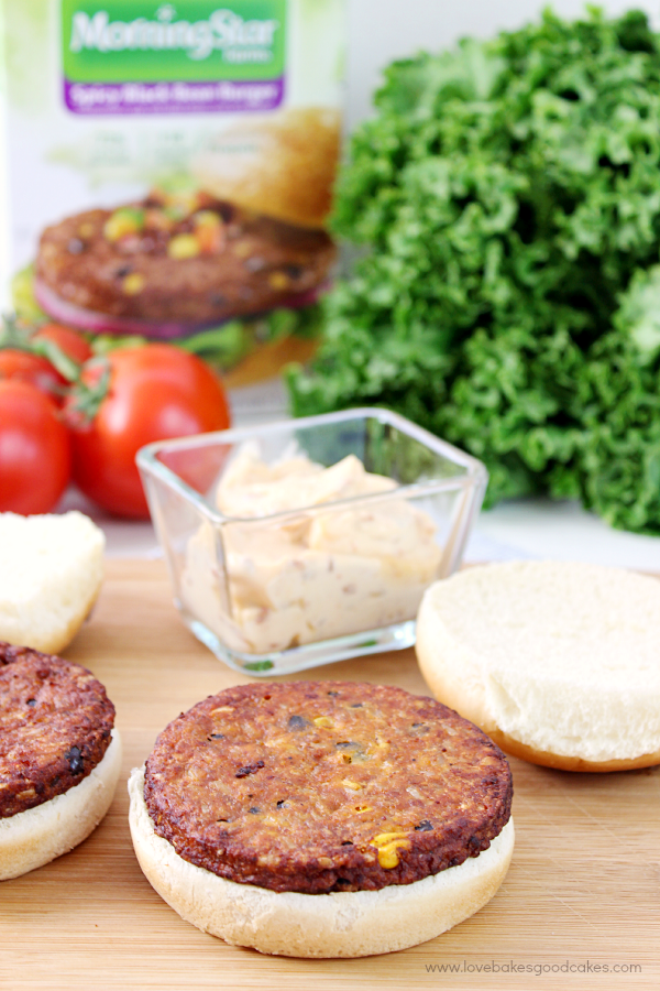 Summer grilling may never be the same! These Creamy Chipotle Spicy Black Bean Burgers are a tasty way to enjoy meatless! #GrillWithATwist #Ad