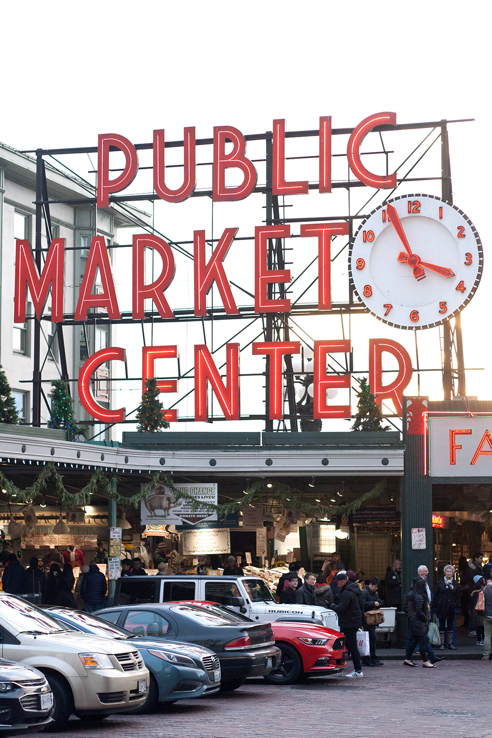 04seattle-pike-place-publicmarket-travel