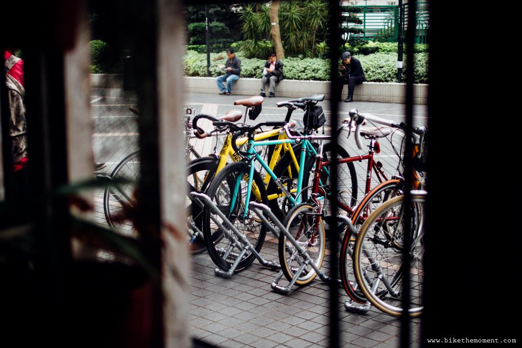無標題  《假如讓我泊下去2 九龍中西篇》﹣香港市區單車位的幻想影集 18069423364 e1d632f4d7 o