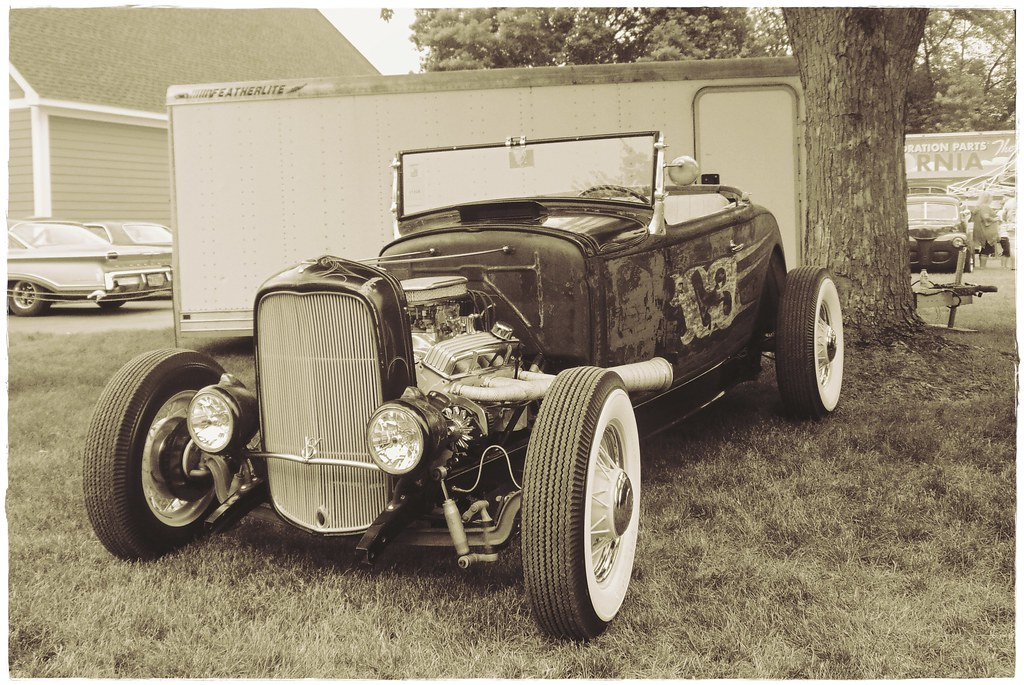 Old School Hot Rod | \'32 Ford roadster hot rod at the Back t… | Flickr