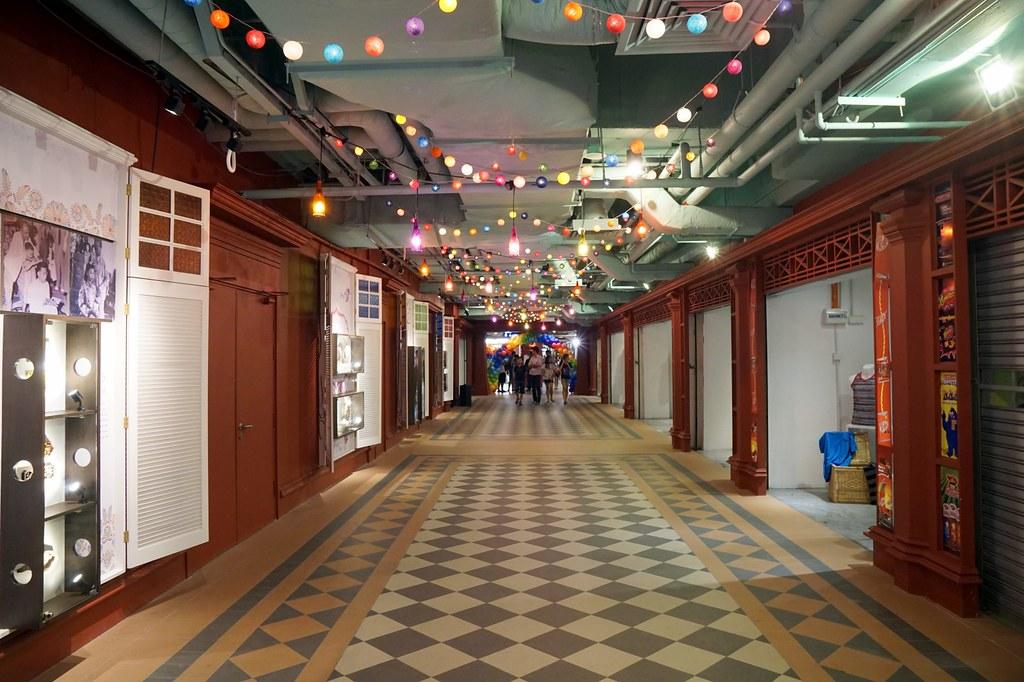 terminal pahlawan melaka - shopping -005