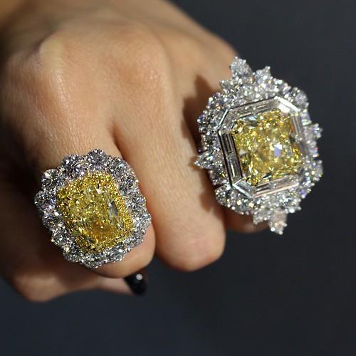 The prettiest jaw-dropping diamonds found at @davidmorjewelry 😎 #LUXURYbyJCK #GemGossipdoesVegas