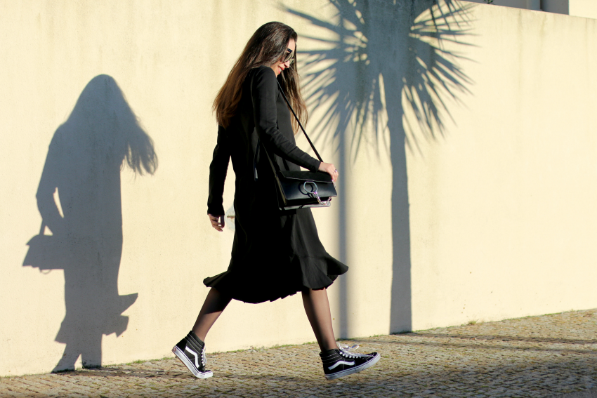 vestido-volante-negro