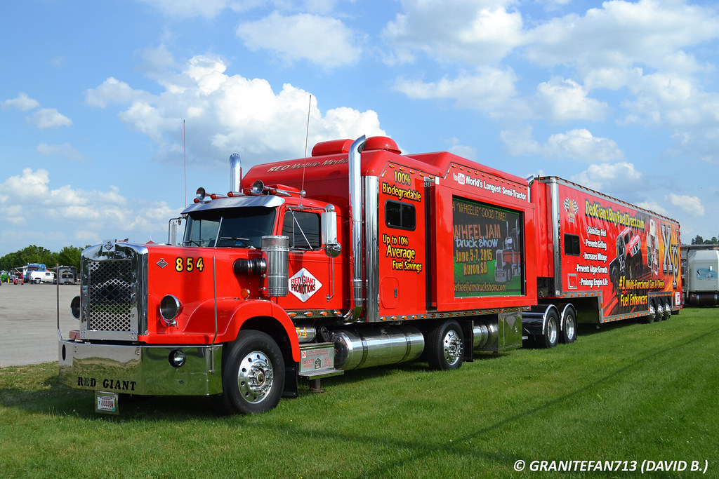 red giant truck - photo #36