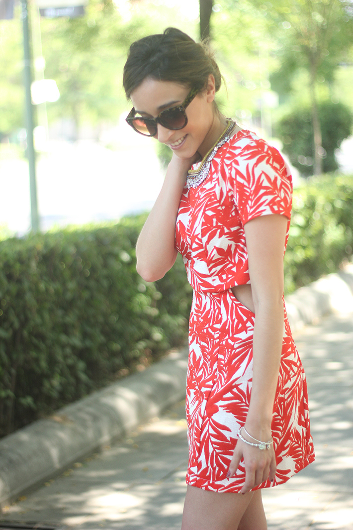 White and Red Summer Dress13