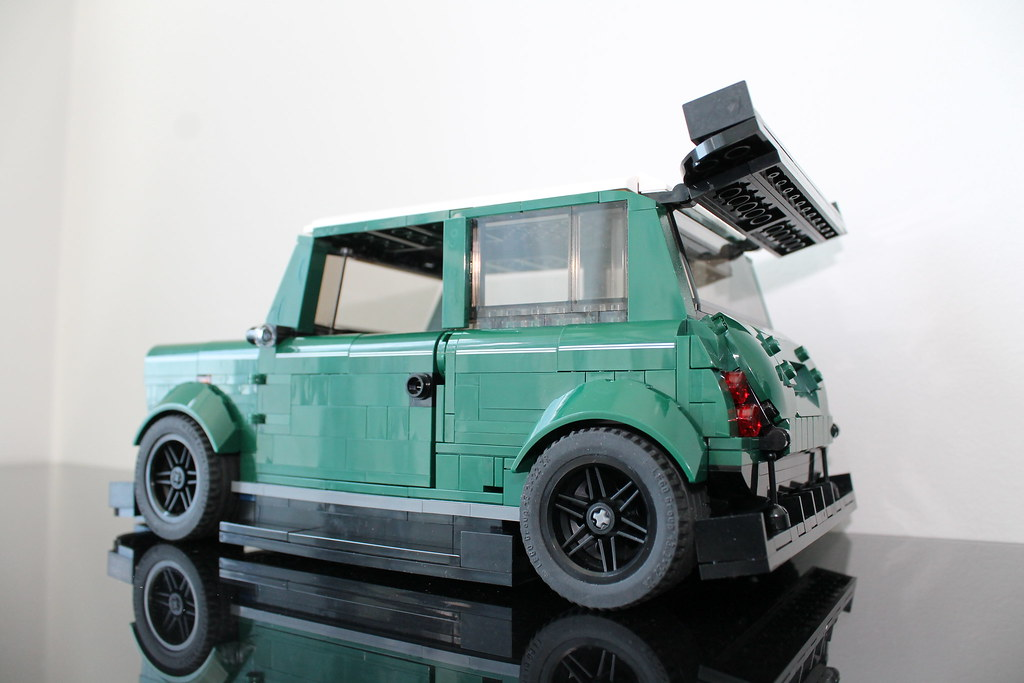 2015 - Lego Mini Cooper 10242 - modified | Flickr