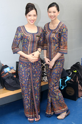 stewardesses singapore airlines