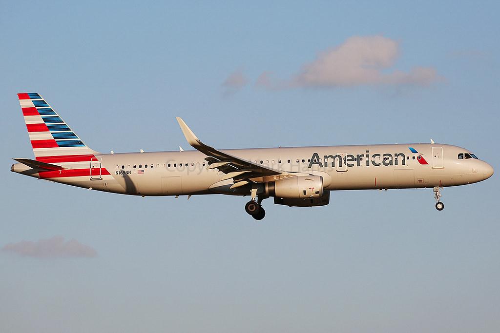American Airlines Airbus A321-231 N165NN