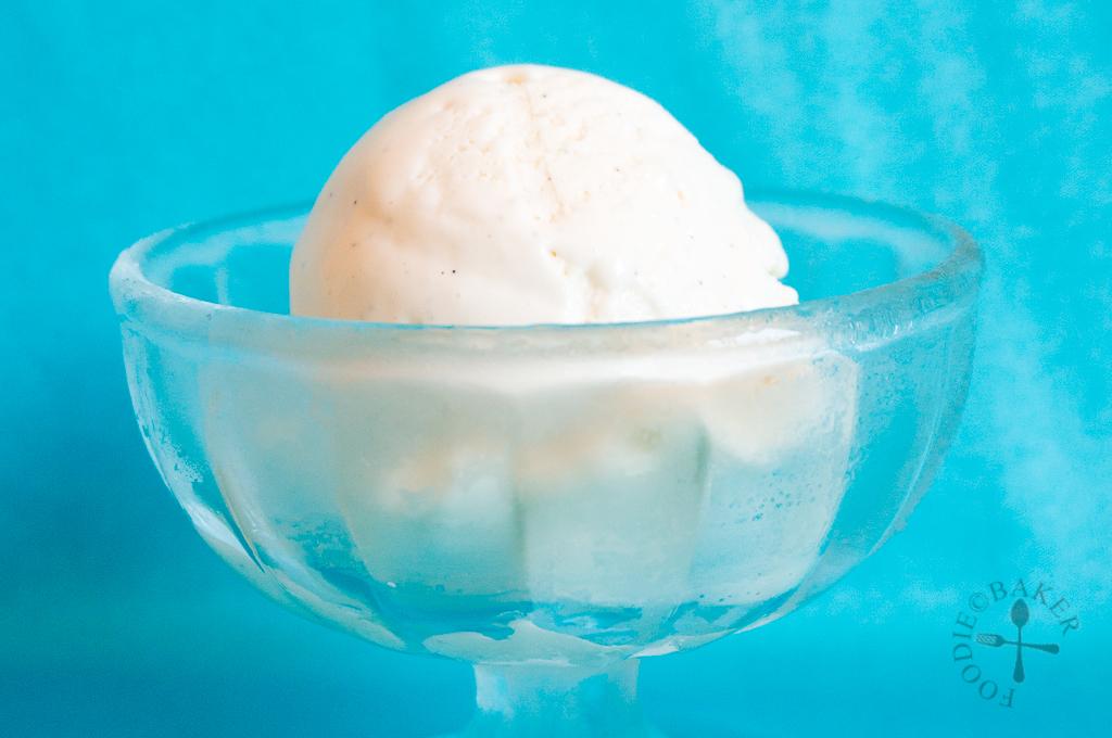 Easy 3-Ingredient No-Churn Vanilla Ice Cream