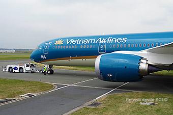 Vietnam Airlines B787-9 1 (RD)