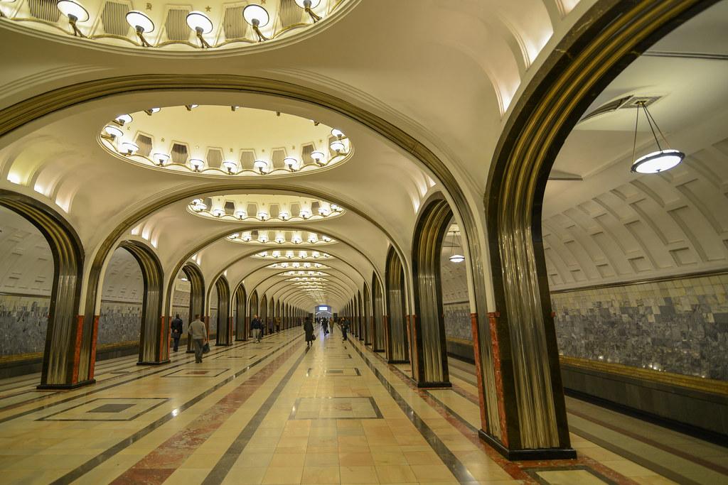 mayakovskaya metro station  stalinist architecture