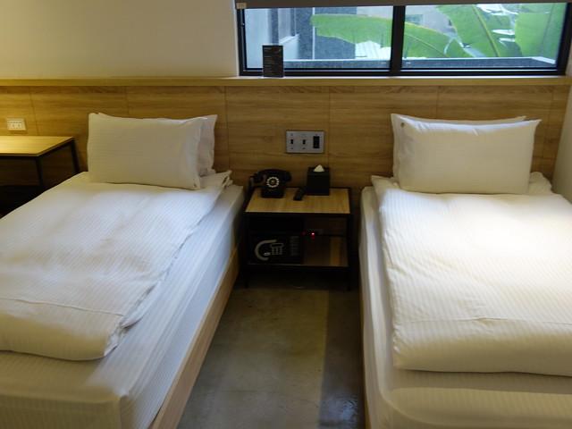 城市全景的經典兩小床房型@台中鵲絲旅店